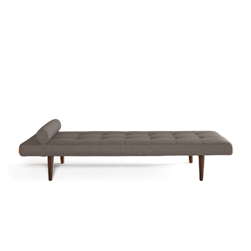 Napper Daybed w.Styletto Leg (740030216)  #216/ Dark Elm 3월 말 입고 예정
